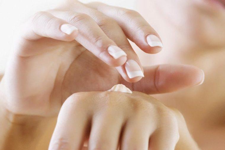 Масло для смягчения кожи рук